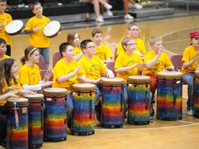 bambini-percussioni